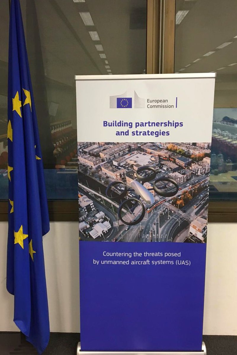 Countering the threats posed by unmanned aircraft systems (UAS) conference kicks off in Brussels this morning with Commissioners @jkingeu @avramopoulos and @Bulc_EU in attendance with industry, researchers and civil society. #EUprotects #SecurityUnion @Transport_EU