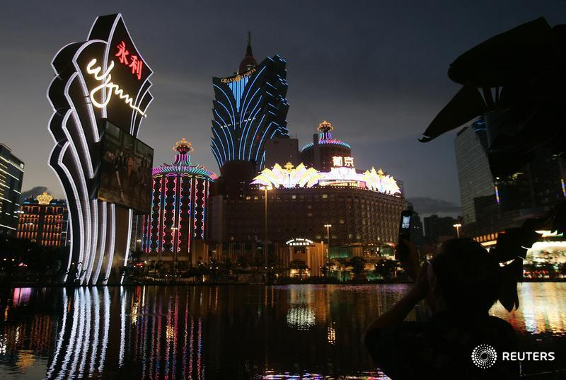 Macau, run under similar rules to the former British colony, has been untroubled by anti-government protests across the water.  History and size explain its model behaviour. The result, though, brings its own concerns, argues @KatrinaHamlin https://t.co/55uCHu9kLg https://t.co/s79xRCmWrs