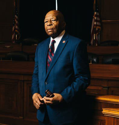 Thank you, @RepCummings. What a life of passionate service and courage. My heartfelt condolences to your wife, your family, the City of Baltimore, the United States and the world. Your life blessed a multitude. #ElijahCummings