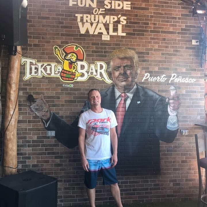 My friends in Mexico on vacation n he just sent me this picture from a bar he went to I am so LMAO. Trump is being mocked n laughed at world wide  he's not respected he's nothing but a joke.😆😆😆
