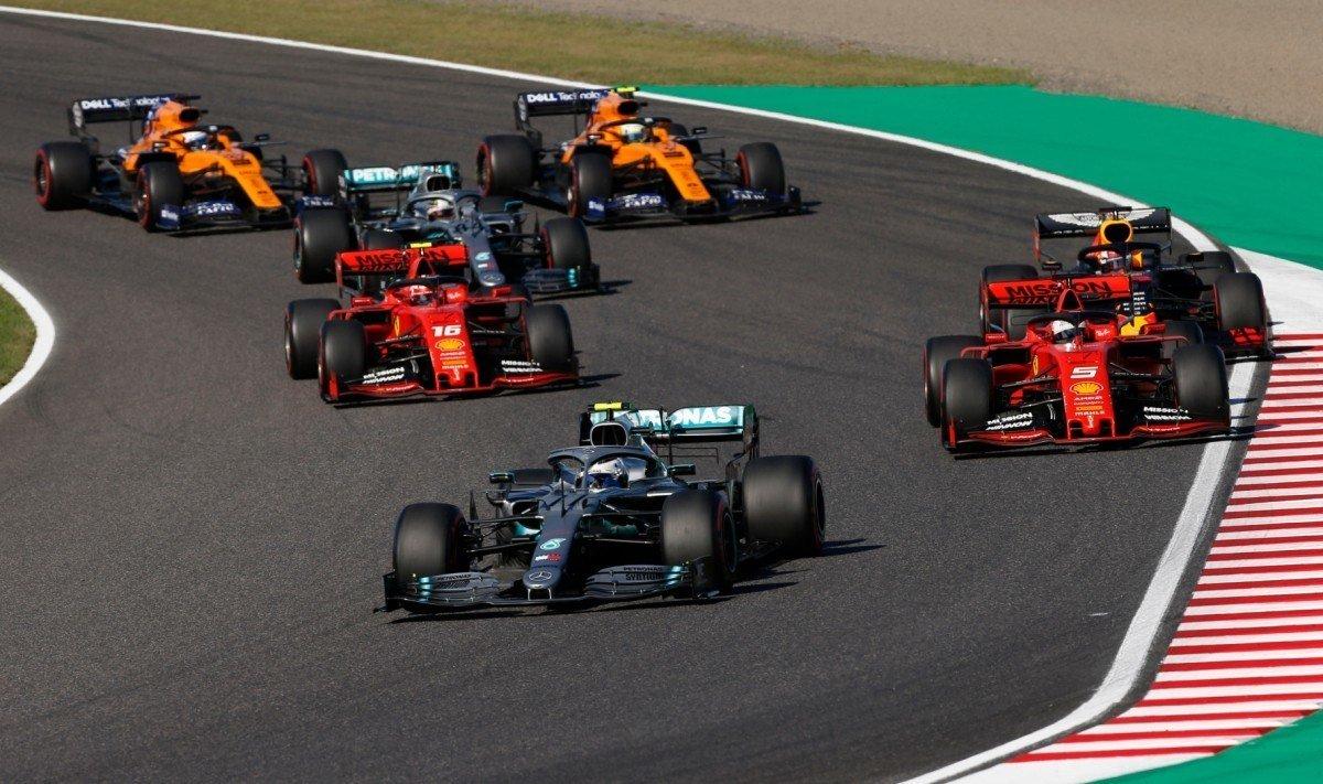 #F1 | Fracasa el primer intento de incluir carreras clasificatorias en la F1 de 2020.   ➡️ https://t.co/hBScYhiFOX   #Fórmula1 #ParrillaInvertida #LibertyMedia #F12020 #CarreraClasificatoria #FIA https://t.co/RWm4IaOE6B