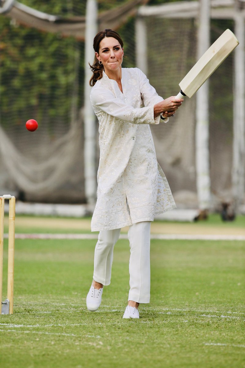 Lahore Pakistan #RoyalsVisitPakistan #DuchessofCambridge At a cricket event today ⁦@DailyMirror⁩ ⁦@rjmyers⁩