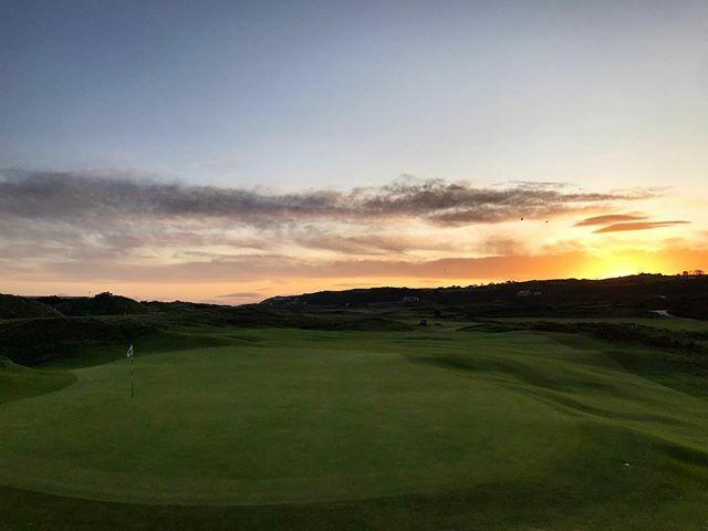 Another glorious morning at Royal Portrush!⛳️ #RoyalPortrush #Golf #Ireland #GolfInstagram #NorthCoast #The18th #Golf #InstaGolf ift.tt/2IXJ2zs