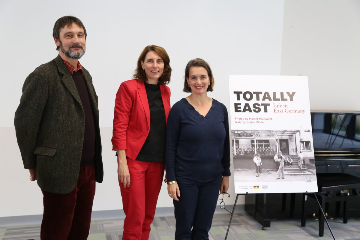 test Twitter Media - Thank you to German Ambassador Deike Potzel for talking to our #Eurocampus students today about her life in East Germany and for opening the #TotallyEast exhibition at St. Kilian's. @GI_Irland @BotschaftDublin @WDAeV #mauerfall @mauerfall30 https://t.co/FQfSOg2Xsa