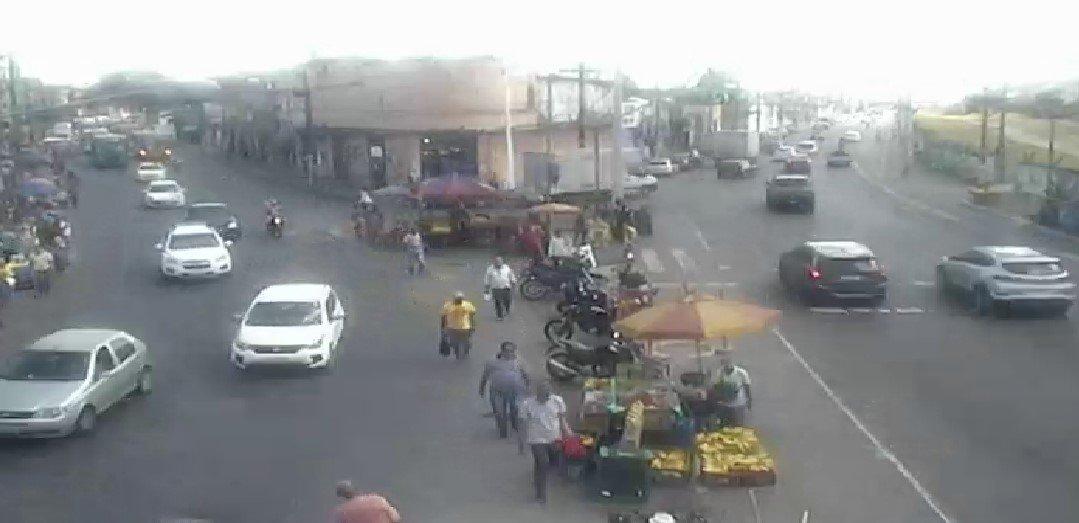 #Trânsito livre nos dois sentidos do Largo da Calçada. https://t.co/TAfW4sGSq5