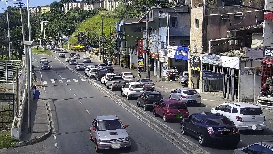 #Trânsito lento na Av. Gen. Graça Lessa (Vale do Ogunjá), sentido Av. Vasco da Gama, em razão do #Fluxo de veículos. https://t.co/VuCQVVQPy0