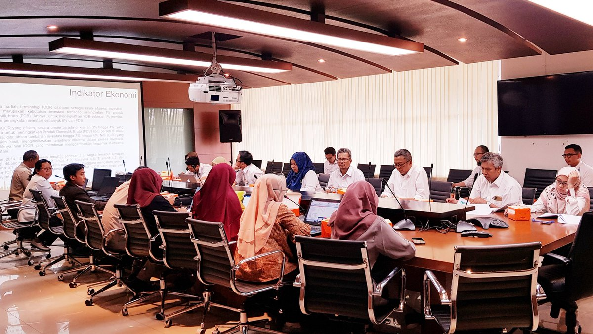 System Dynamics Discussion for Industrial EstatesJakarta, Ministry of Public Work and Public Housing#Expert #SystemDynamics #Simulation #Modelling #Scenario #Strategy #Policy #IndustrialArea #Gresik #SistemDinamik #Simulasi #Pemodelan #Skenario #kebijakan #KementerianPUPR