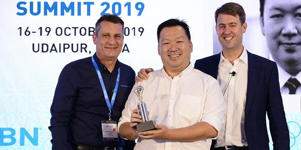The FBN NxG Lombard Odier #Award recognises outstanding sustainable projects from the next generation of #familybusiness owners. This years winner: Robin Pho of Right People Group, whose project helps off-grid clients switch to solar. Discover more here tinyurl.com/yxwvddft