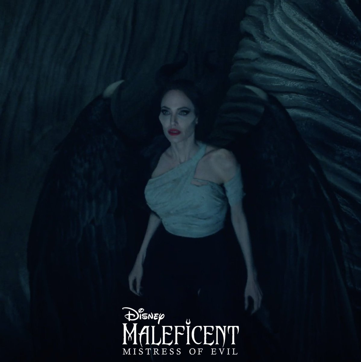 You have a choice, Maleficent. Be one of the first to see #Maleficent: Mistress of Evil tonight! di.sn/60091Gvml