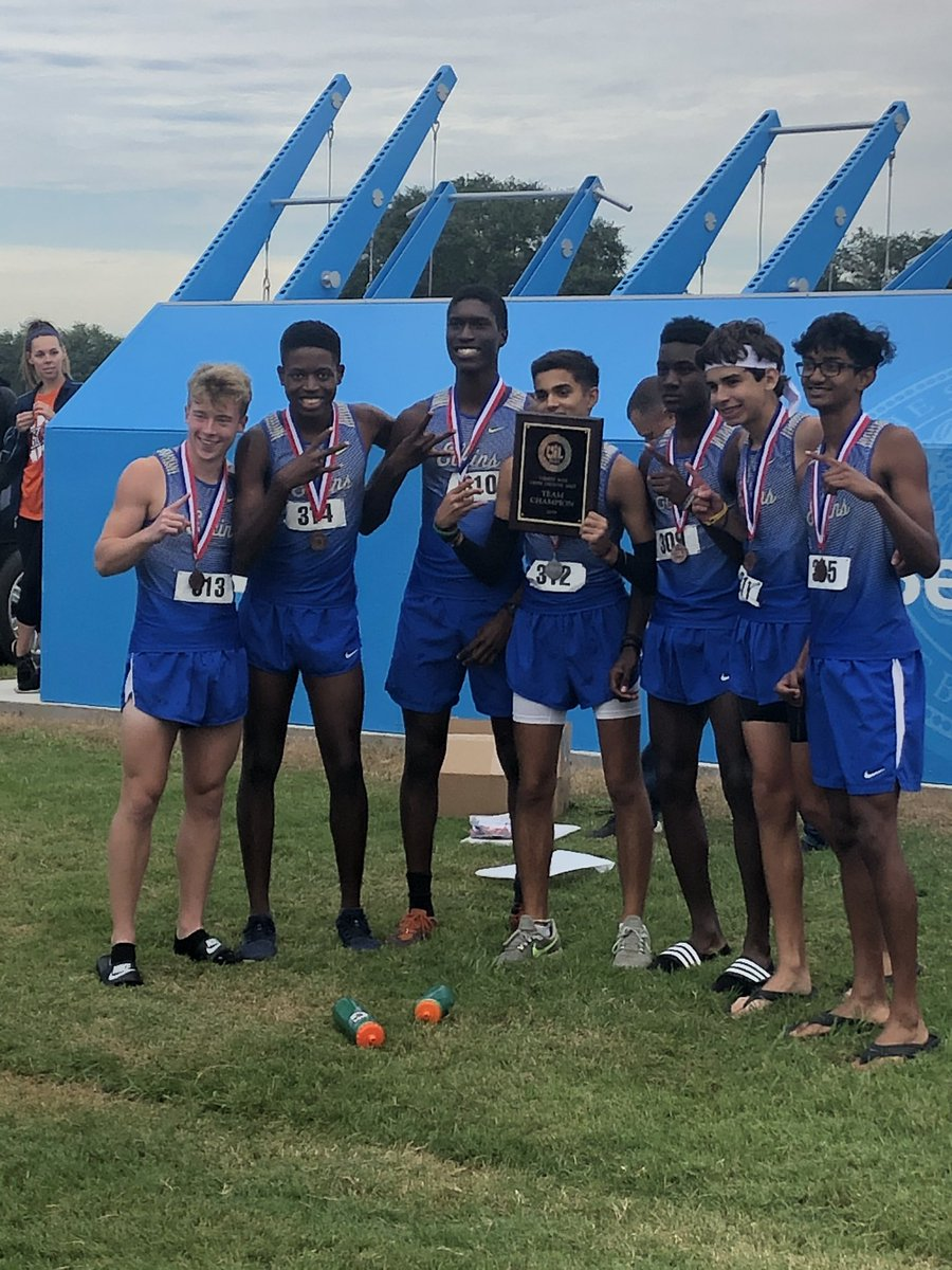 RT @elkins_xc: Congratulations Boys Varsity Cross Country! District Champions! 🏅🏅🏅🏅🏅🏅🏆 https://t.co/BMcZppvtS6