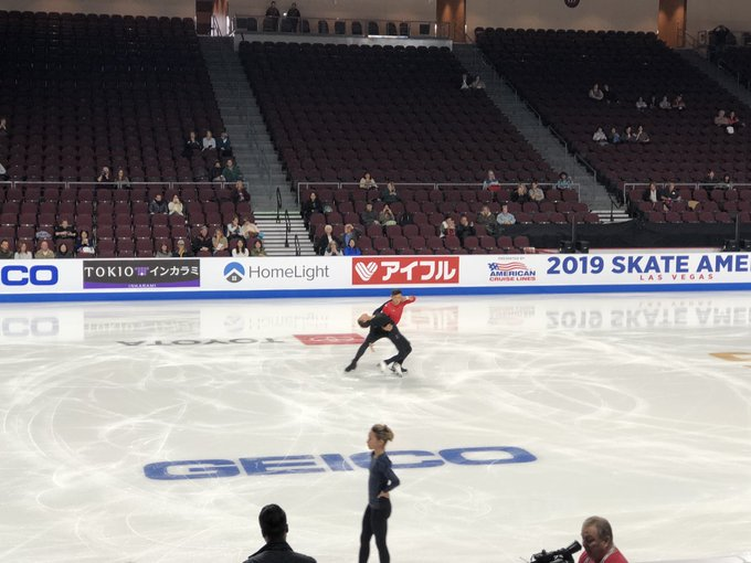 GP - 1 этап. Skate America Las Vegas, NV / USA October 18-20, 2019   - Страница 2 EHGJdqwUwAE_aMA?format=jpg&name=small