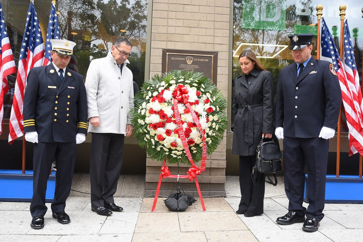 """#FDNY members commemorate the 53rd anniversary of the """"23rd Street Fire."""" Read more: on.nyc.gov/2VOjgTy"""