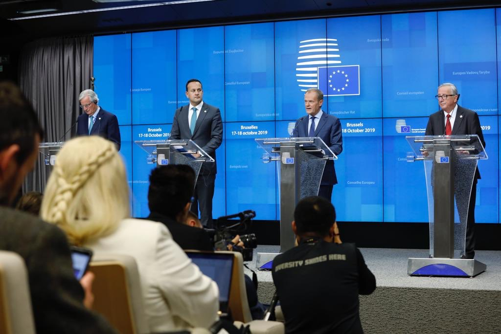 My press remarks after EU27 leaders endorsed the #Brexit deal: europa.eu/!GW78Dr