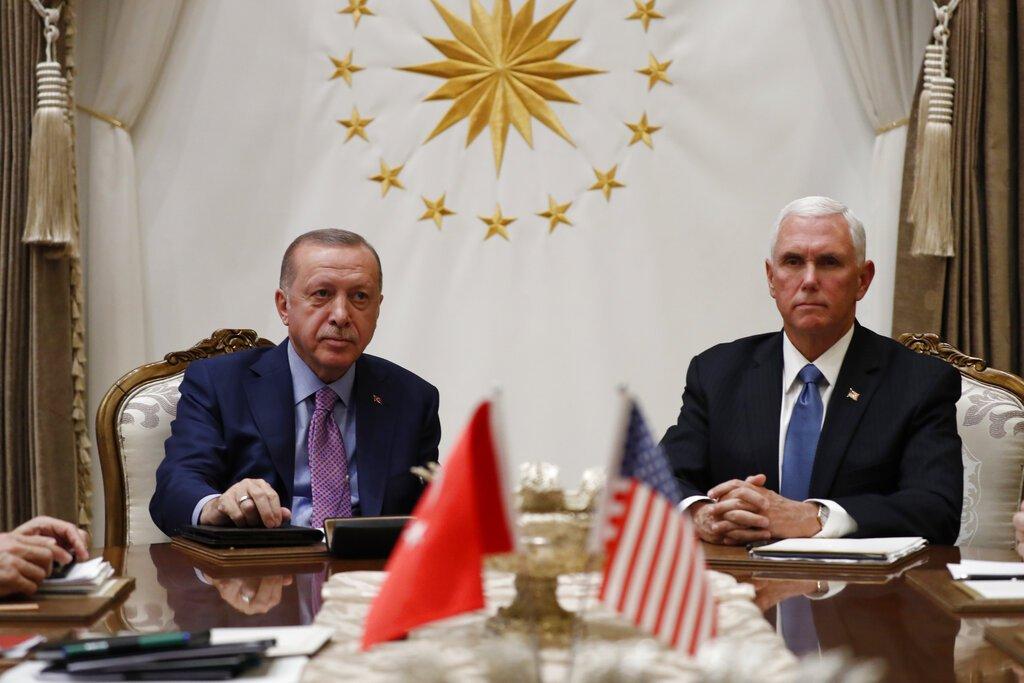 test Twitter Media - El vicepresidente Pence dice que Estados Unidos y Turquía han acordado un alto el fuego en Siria. Vía AP https://t.co/Uc8jOSgJ9y