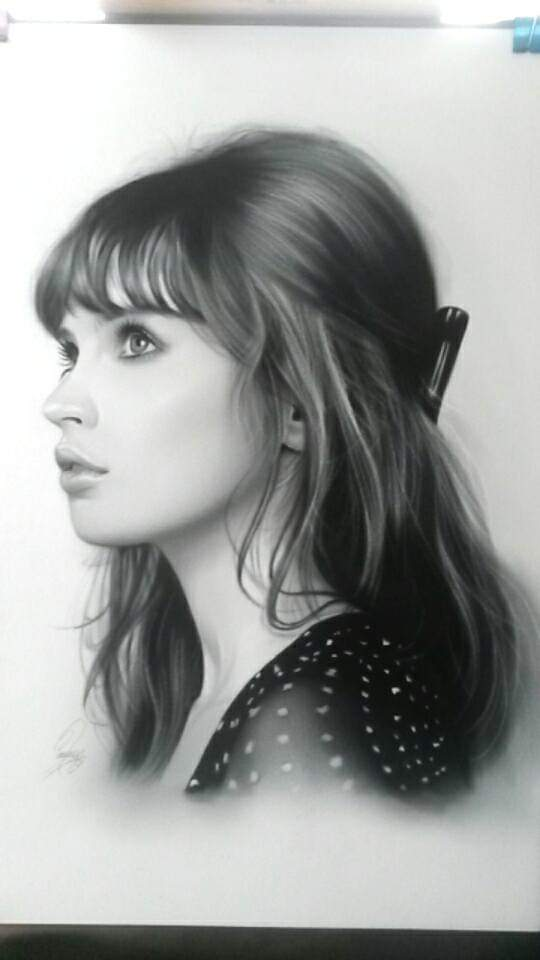 Happy birthday felicity Jones.  Heres my painting of u x