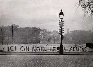 """Here we drown Algerians""   58 years ago today, the french police massacred hundreds of peaceful pro-independence Algerian protesters in Paris.<br>http://pic.twitter.com/voLmNDxHkE"
