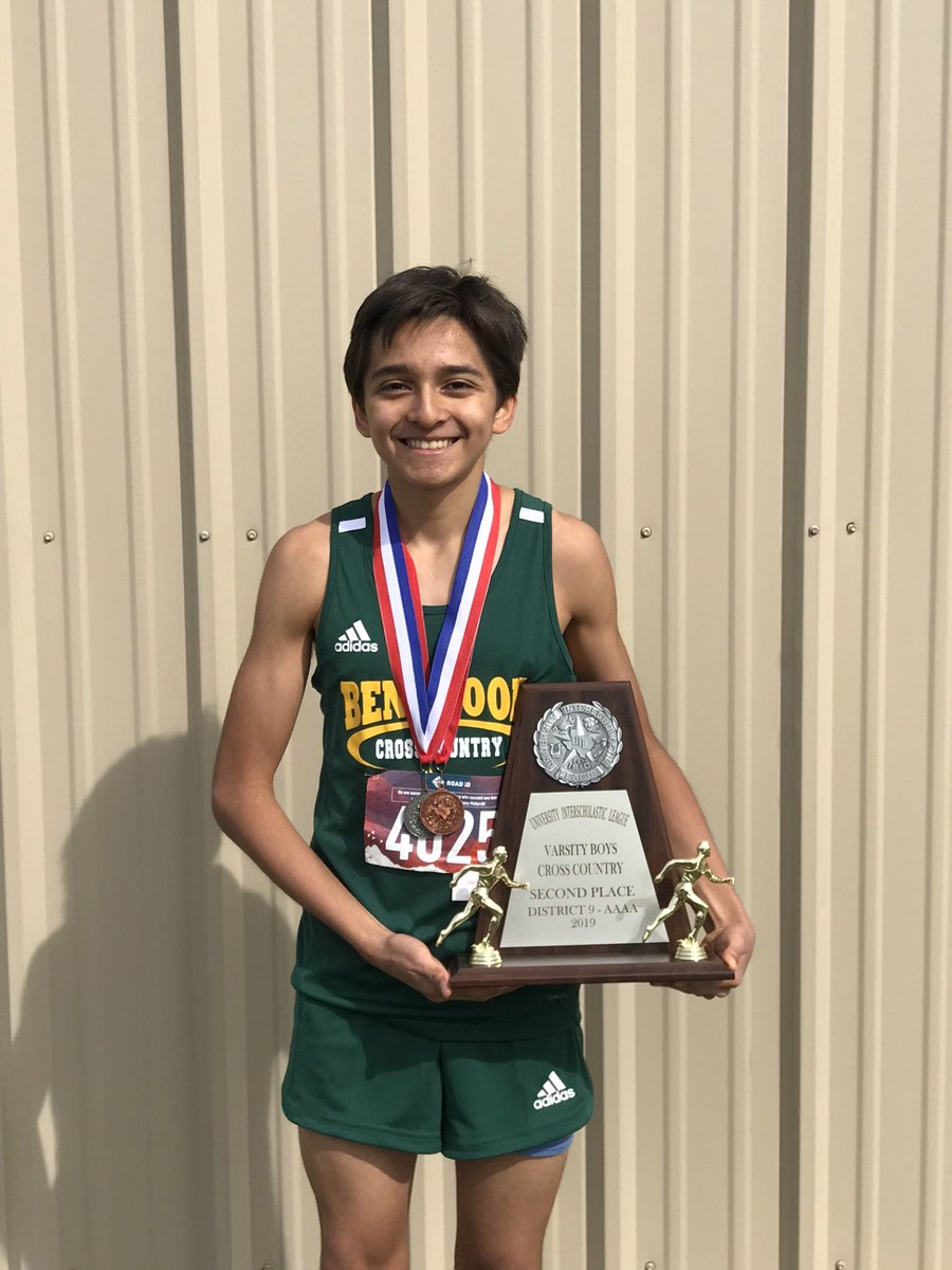 @BenbrookBobcats Eric Reyes finishes 5th place overall in District 9-4A XC!!! Way to go, Eric!!!