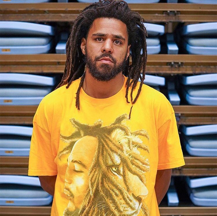 J. Cole is probably the best storytelling rapper out currently  <br>http://pic.twitter.com/DIltt38qya