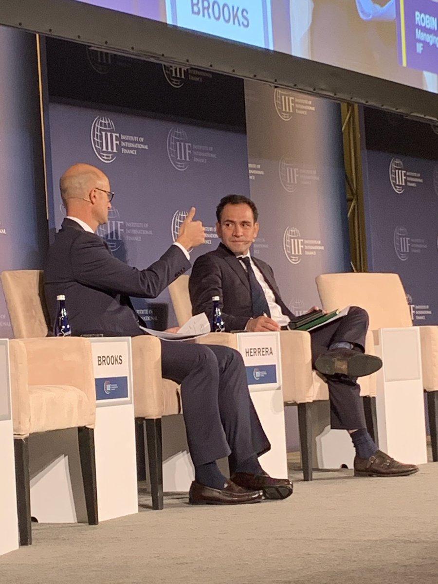 3. Presentación en la Reunión Anual del @IIF para discutir la situación de México con inversionistas.