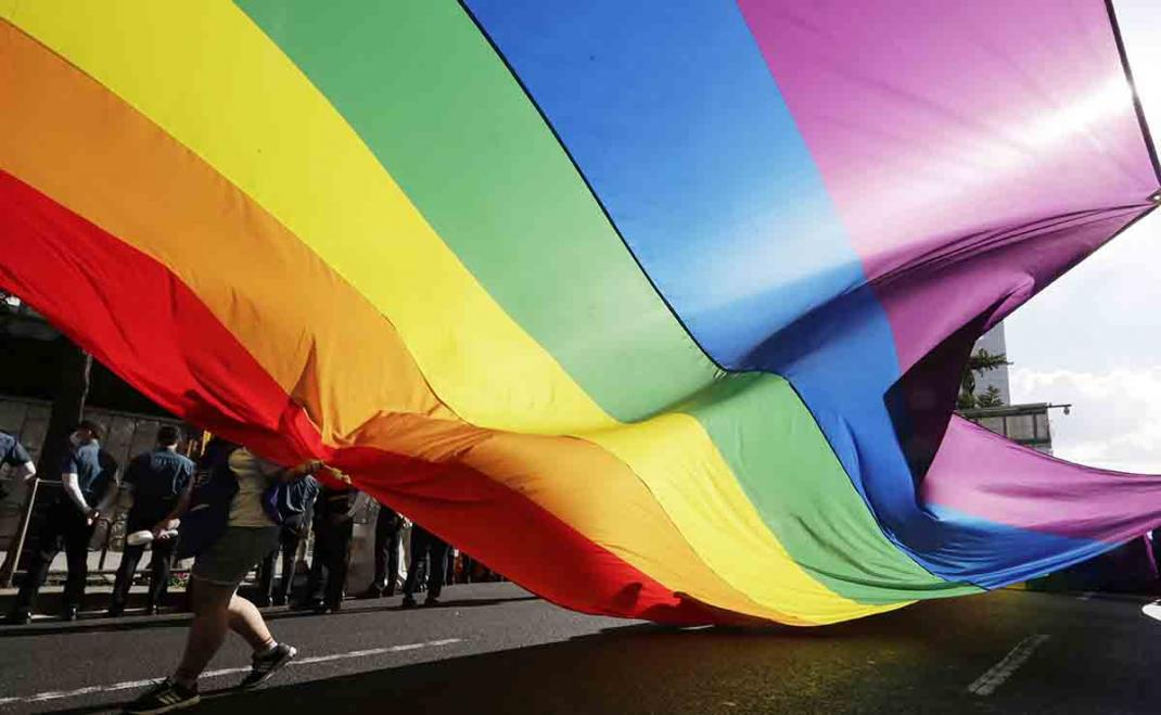 A United Nations committee presses South Korea to update its sexuality education curriculum in schools to cover age-appropriate topics such as pregnancy, HIV/AIDS, sexual orientation, and gender identity. Otherwise it leaves young people in the dark. trib.al/1Mo9Cxm