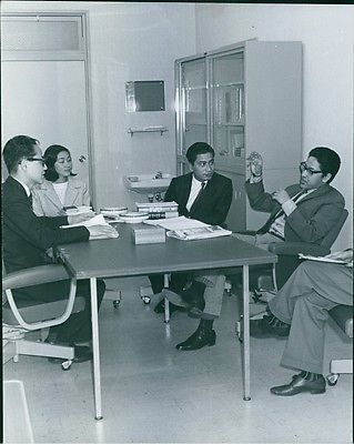 King Birendra Discussing With The Leaders In Japan