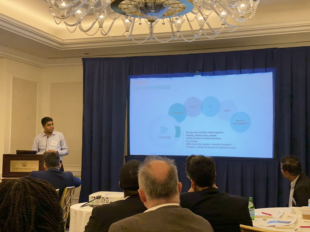 """An intriguing talk by @manish_choudary (SVP, Product Management & Strategy @PitneyBowes), sharing his thoughts on how companies can get started with and navigate their #AI journeys at @Zinnov @Mindtree_Ltd roundtable """"Reimagining a Future Ready Enterprise with AI"""" #digital"""