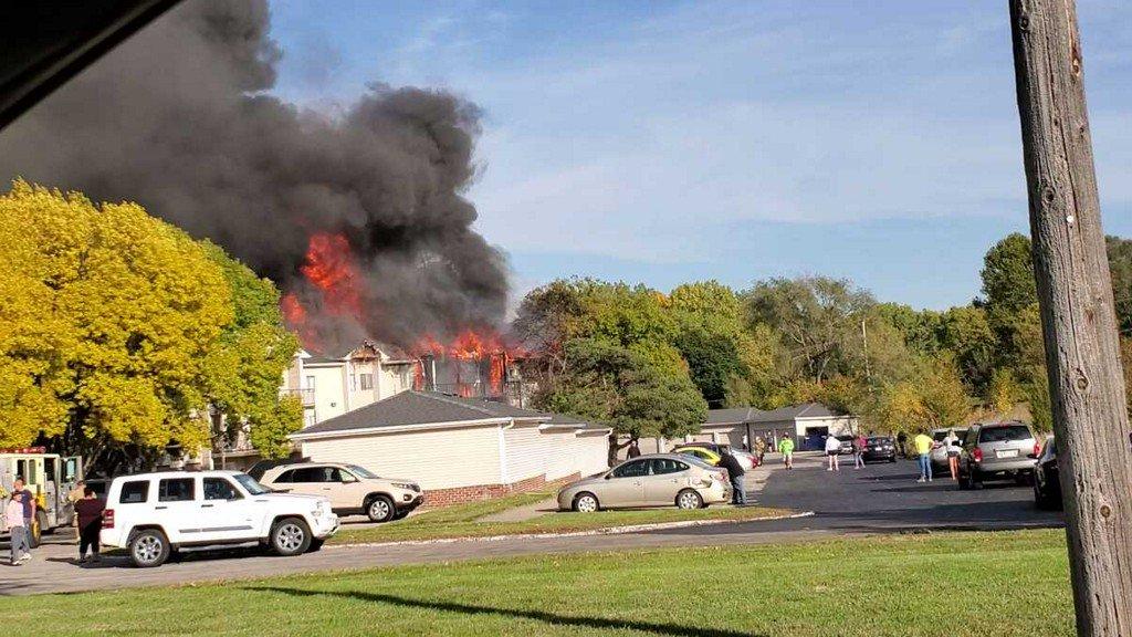 PHOTOS: Crews battle apartment fire near 108th Street and Hamilton Plaza ketv.com/article/photos…