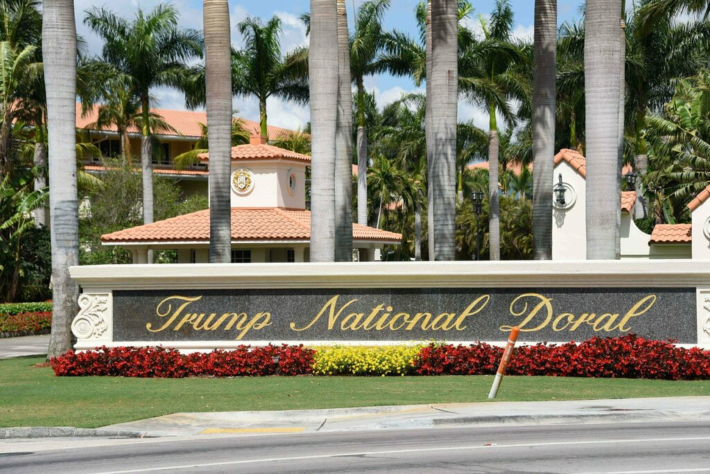 #News  via #NYT  by KATIE ROGERS and ERIC LIPTON Trump Will Host Next G7 Summit at His Doral Resort  https://ift.tt/2MP9BrT