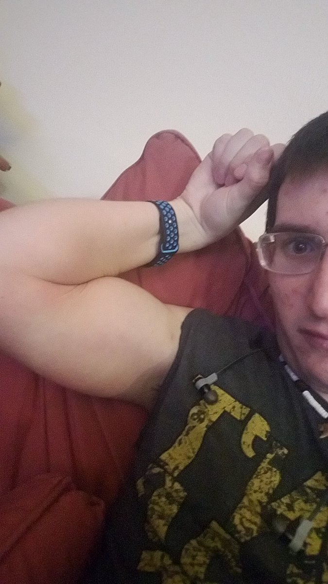 I am honest and loyal and got that country strength yall. Hopefully one day will find someone to spend the rest of my life with.  #lovequotes  #quotes  #single  #Twitter  #countrystrong  #countryboy  #selfie
