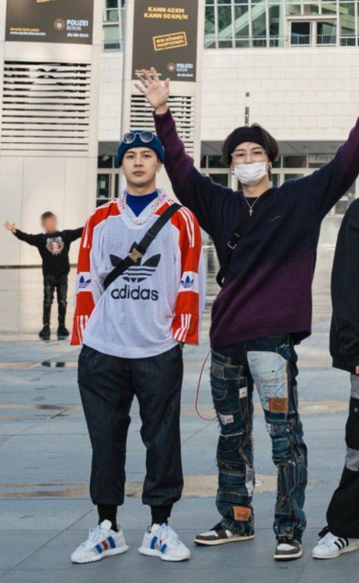You're doing amazing, Jaebeom junior <br>http://pic.twitter.com/XAxxt3tXqS