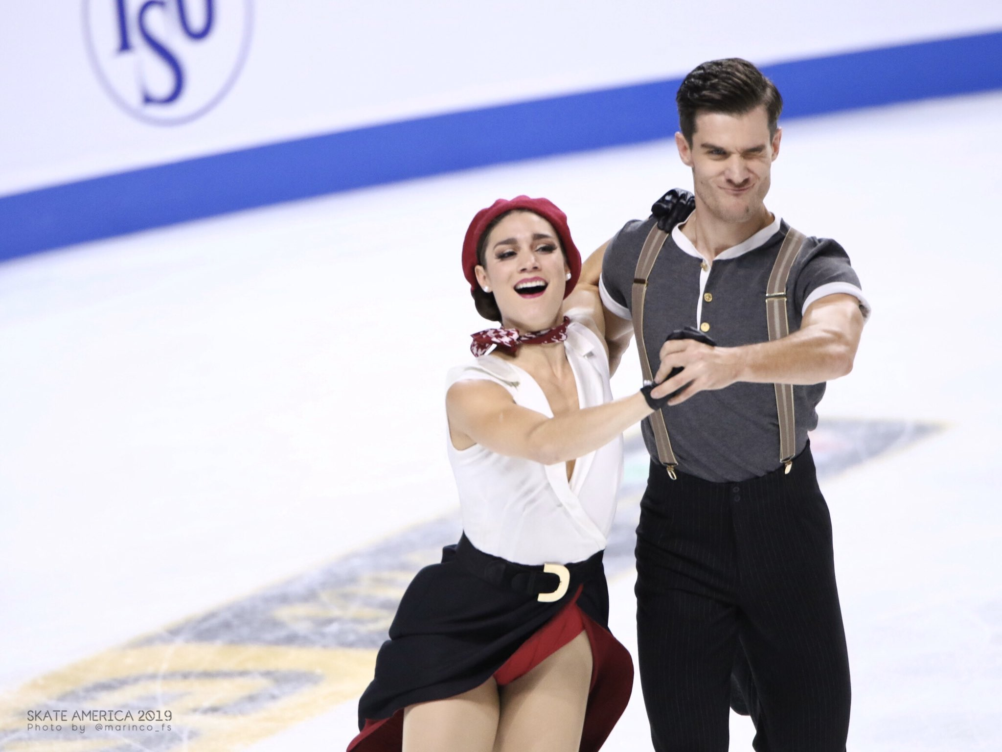 GP - 1 этап. Skate America Las Vegas, NV / USA October 18-20, 2019   - Страница 4 EHJQNlPVAAAdm1W?format=jpg&name=4096x4096
