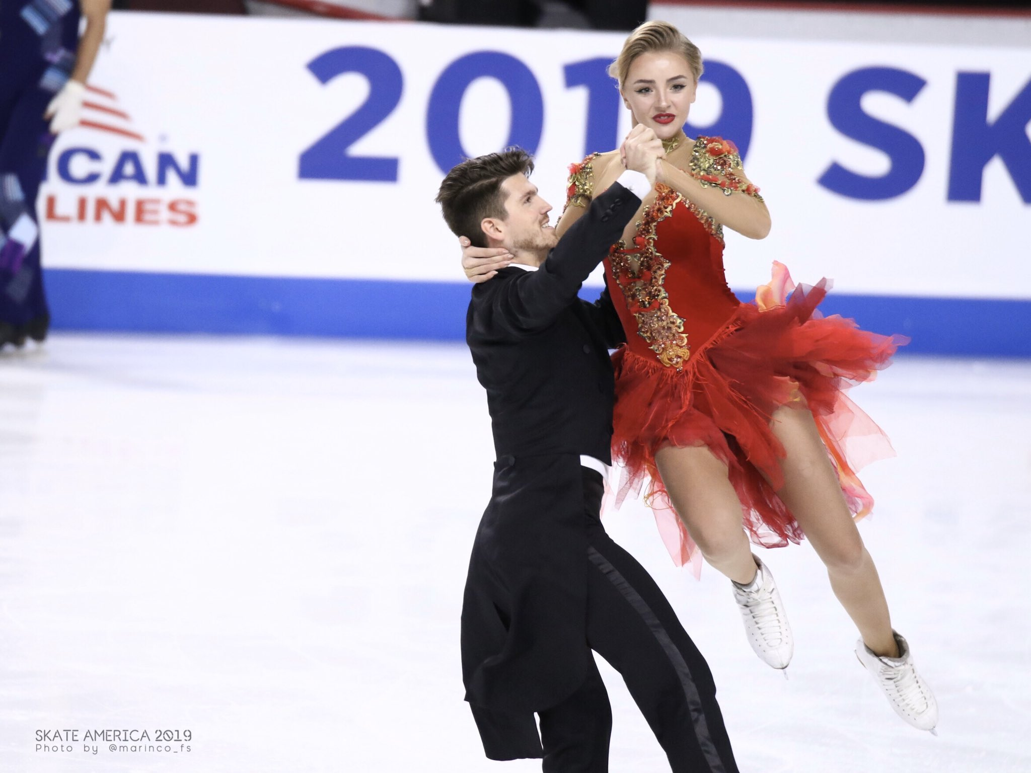 GP - 1 этап. Skate America Las Vegas, NV / USA October 18-20, 2019   - Страница 5 EHJQWaQUUAAaqiM?format=jpg&name=4096x4096