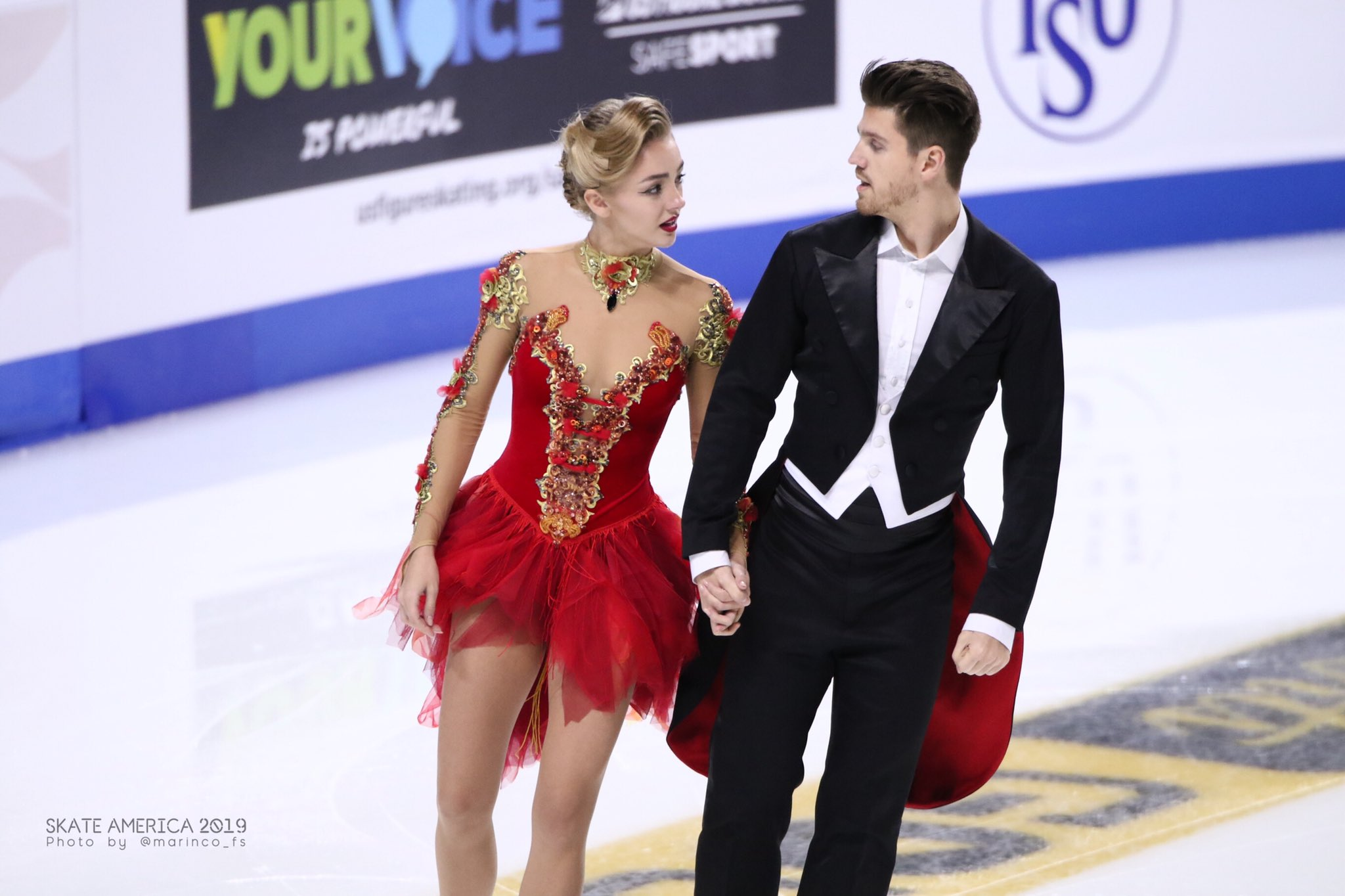 GP - 1 этап. Skate America Las Vegas, NV / USA October 18-20, 2019   - Страница 5 EHJQWbVUcAIqvZe?format=jpg&name=4096x4096
