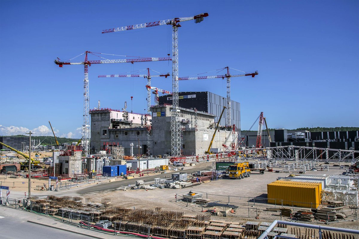 """Construction Aix En Provence iter on twitter: """"are you an early career physicist or"""
