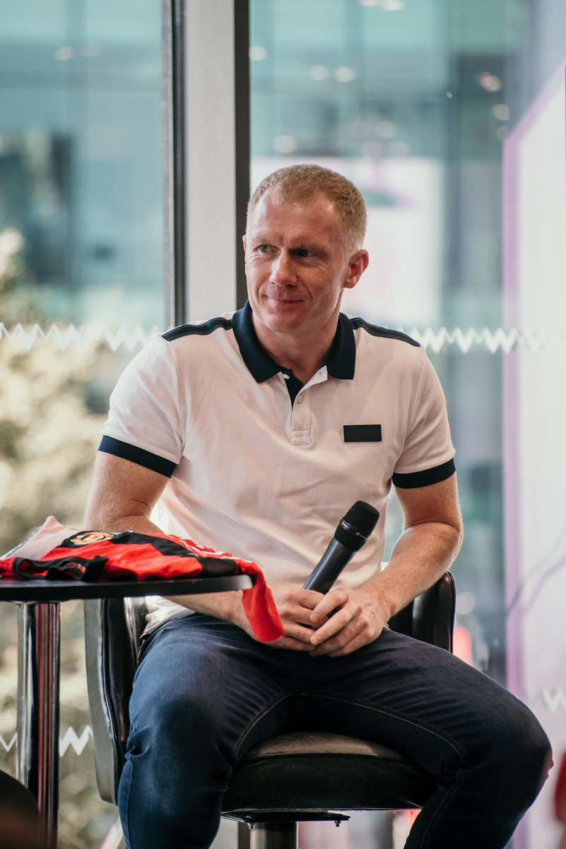 We have a substitution for MUFC vs Brighton. 11 Premier League titles, two Champions League trophies, one legend. We have this guy 👇🏽#PaulScholes joining us on the 10th November. Want to book? Visit - hotelfootball.com/match-day-expe… to book.