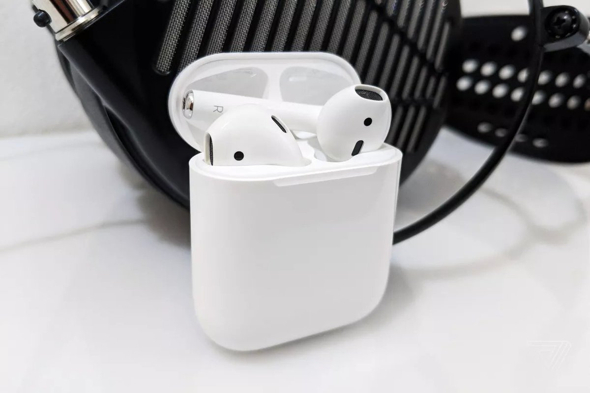 Apple rumored to launch new AirPods Pro headphones at end of October