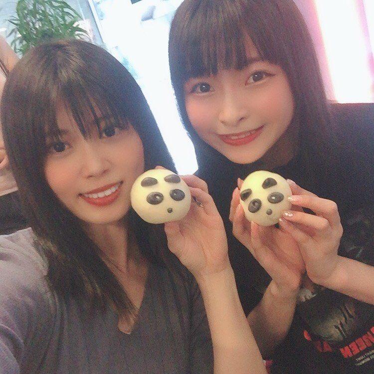 台湾についてすぐシュアンさんとスタッフさん方と一緒にごはんを食べに行きました٩(*>▽<*)۶💓小籠包いっぱい✨シュアンさんがおすすめしてくれた鴨の血、初めて食べました!プルプルで美味しかった(๑°ㅁ°๑)‼✧デザートにはパンダがいっぱい!!めちゃ可愛かったです🐼🎋💕#台湾 #リスアニ