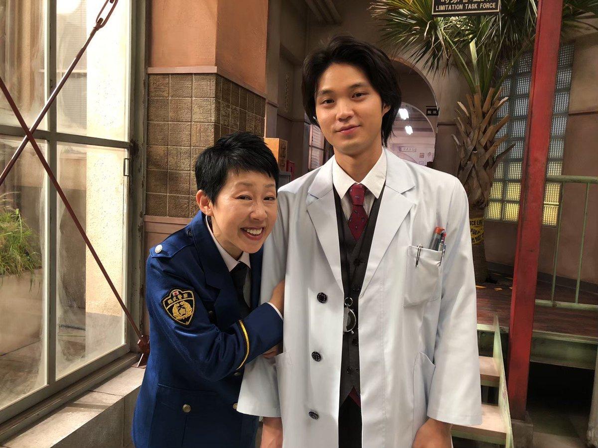 おしらせです。「時効警察とくべつへん 鑑識課・又来康知」康知の衝撃の過去が明かされる特別編!アベマTVとビデオパスで配信中です。詳しくは番組HPをご覧ください。#時効警察はじめました#時効警察とくべつへん#又来康知#磯村勇斗#小手伸也@hayato_isomura