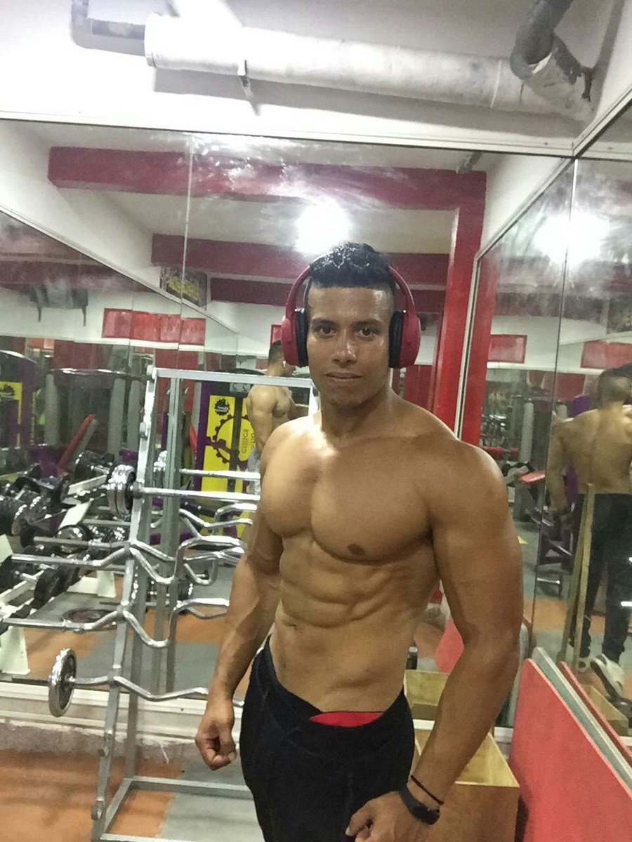 Its easy you can do it #FitnessModel #FridayMotivation #fitness<br>http://pic.twitter.com/oox0cGU5ez