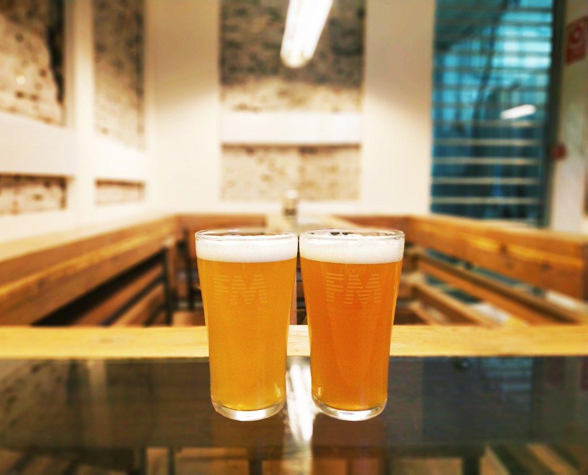 Novedades on tap este fin de semana en #FM:  FM Mosaic Lager & To the south Session IPA  Viernes rima con sed que aprieta, o algo así...  Os vemos? #malasaña #fabricadecervezartesanal #cerveceraindependiente #cervezartesanal #CraftBeer #brewpub #protagonistasdelCambio #brewery