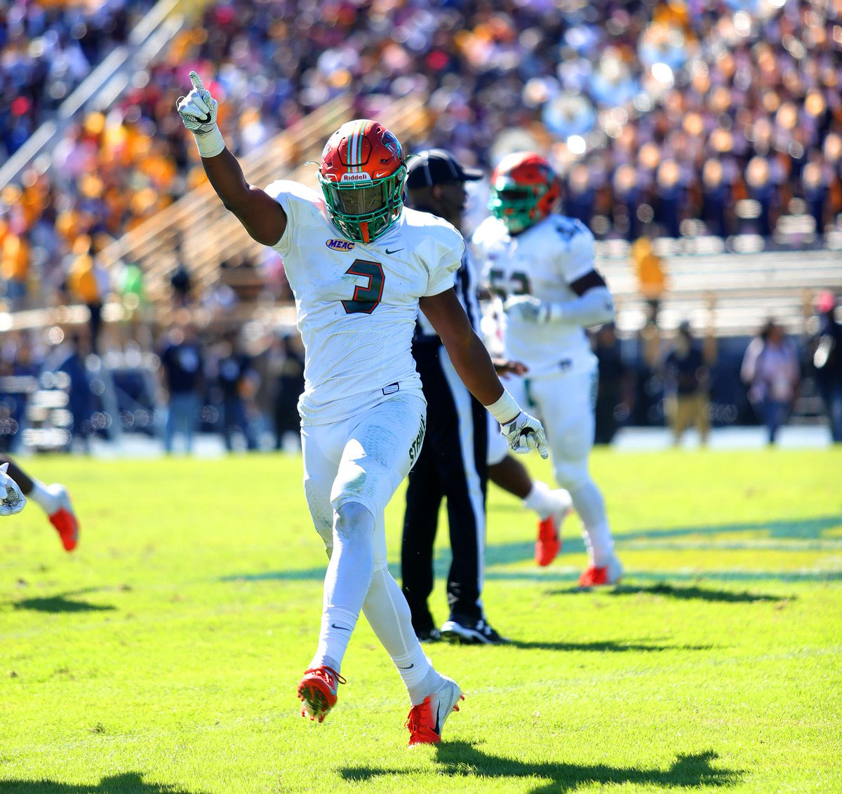 That #FridayFeeling when the @ncatsuaggies game is still on! See you at Bragg on Oct. 20 at 2 p.m. #FangsUp https://t.co/ouPJcozzG6