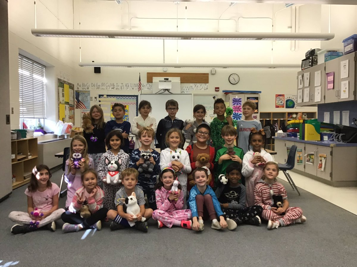 Putting Bullying to rest with Pajama Day <a target='_blank' href='http://twitter.com/GlebeAPS'>@GlebeAPS</a> <a target='_blank' href='http://twitter.com/APSVirginia'>@APSVirginia</a> <a target='_blank' href='http://twitter.com/glebepta'>@glebepta</a> <a target='_blank' href='http://search.twitter.com/search?q=GlebeEagles'><a target='_blank' href='https://twitter.com/hashtag/GlebeEagles?src=hash'>#GlebeEagles</a></a> <a target='_blank' href='https://t.co/ttC5Jd6zqD'>https://t.co/ttC5Jd6zqD</a>