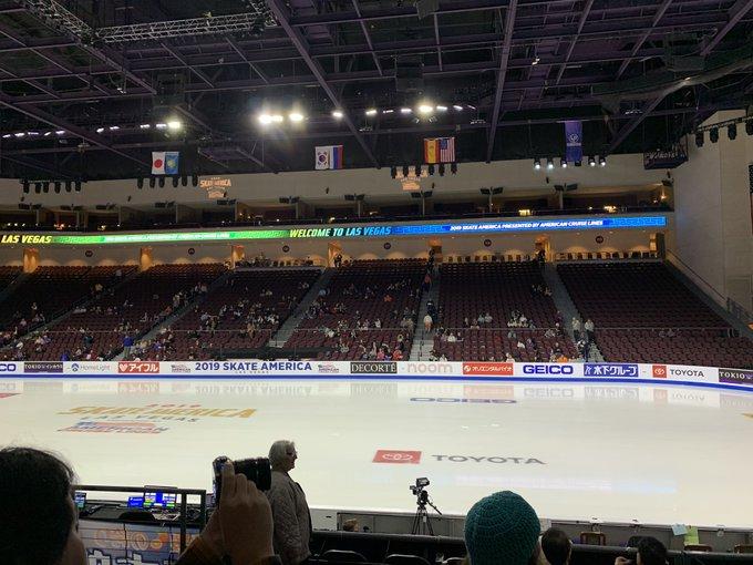 GP - 1 этап. Skate America Las Vegas, NV / USA October 18-20, 2019   - Страница 6 EHL3gTQVAAATICd?format=jpg&name=small