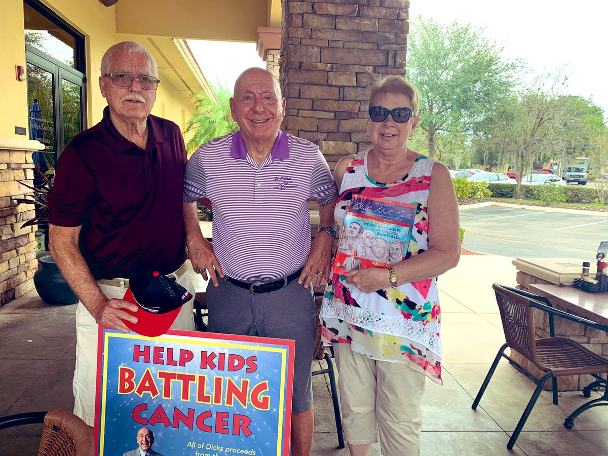 Yes @IndianaMBB fans from Fort Wayne visiting Sarasota area visit at Another Broken Egg in Lakewood Ranch & help me raise dollars for kids battling cancer @TheVFoundation Also ask Will our Hoosiers ever get back to the days of THE GENERAL ? @GreggDoyelStar @rickbozich
