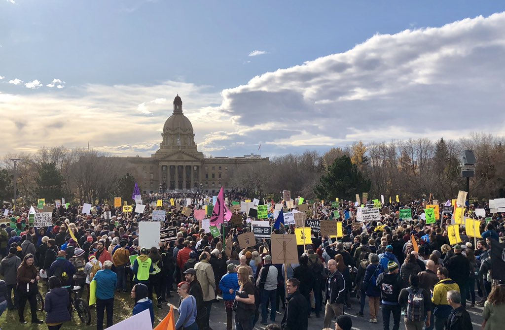 Edmonton AB, right now!! #FridaysForFuture #ClimateStrike <br>http://pic.twitter.com/LAyCIYlqQG