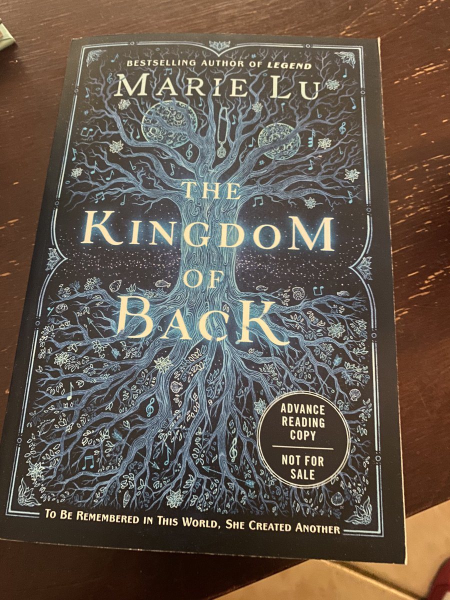 @Marie_Lu we spoke about this at @BooksandBooks and now it got to my home today! Cannot wait to read it! ❤️😱