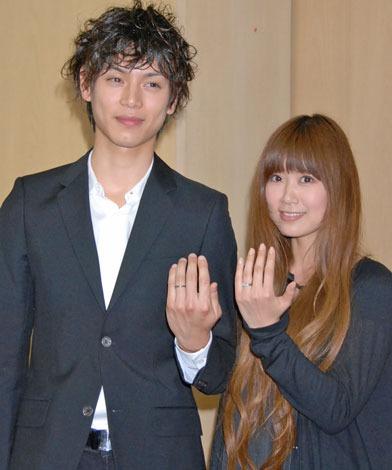 【祝】水嶋ヒロ&絢香に第2子誕生2人は2009年2月に結婚し、15年6月に第1子となる女児が誕生。今年4月に第2子妊娠を発表していた。
