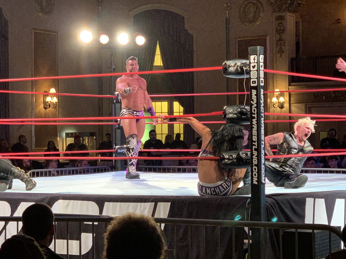 This just in: @MrGMSI_BCage is a large man. #PreludeToGlory https://t.co/O2tu1CpvTg