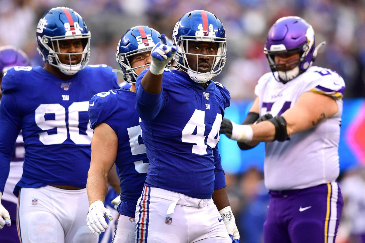 """""""I think you need to hit people instead of getting hit.""""  How Markus Golden went from being a 2,284-yard, 28-touchdown running back to a linebacker who loves to hunt. Part of the story of his emergence this season with #NYGiants:   https://www. northjersey.com/story/sports/n fl/giants/2019/10/18/markus-golden-prove-season-ny-giants-hes-doing-just/4006356002/  …  via @northjersey<br>http://pic.twitter.com/jPzAQBHZEU"""