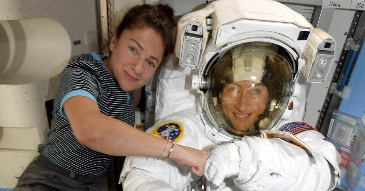 Astronaut duo makes history with first all-female spacewalk